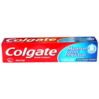 Colgate Maximum Cavity Toothpaste 140g